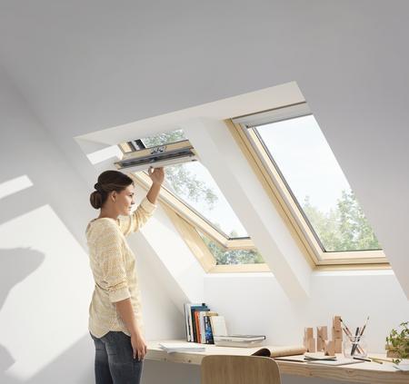 Drewniane okno dachowe Standard Plus GLL MK06 1055 VELUX