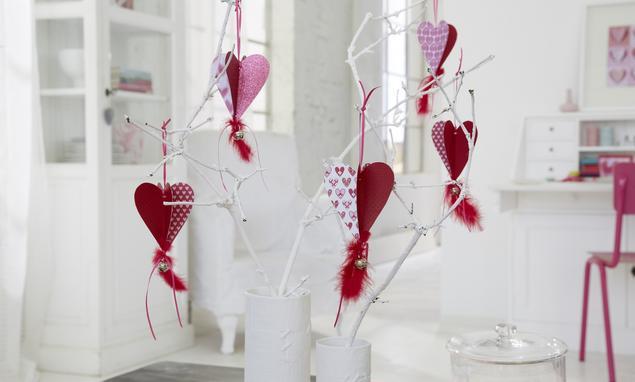 Inspiracje walentynkowe: papierowe serduszka dekoracyjne